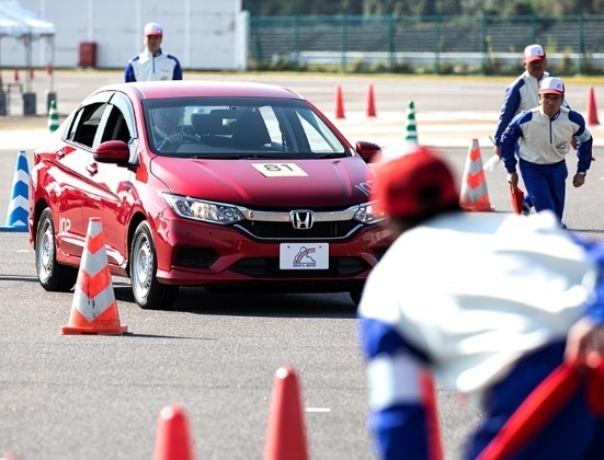 Honda Viet Nam gianh chien thang cuoc thi lai xe an toan tai Nhat Ban hinh anh 5