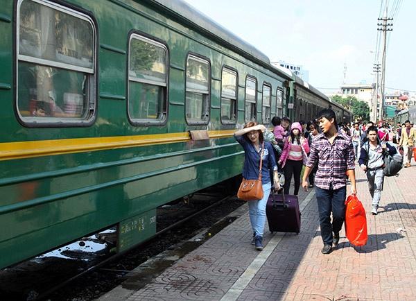 Hành khách nên di chuyển Hà Nội - Vinh bằng phương tiện gì?