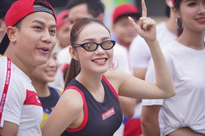 Gan 6.000 VDV tham gia giai Revive Marathon xuyen Viet chang TP.HCM hinh anh 3