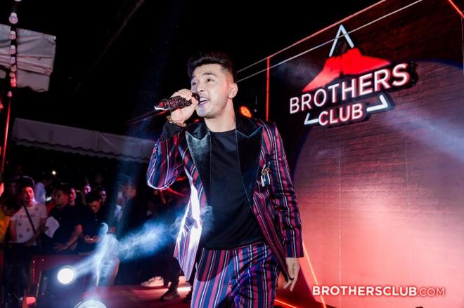 Tour nhac 'Brothers Club 2019' - gan ket tinh anh em cung sao Viet hinh anh 3