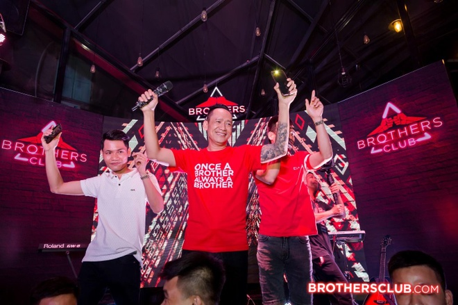 Tour nhac 'Brothers Club 2019' - gan ket tinh anh em cung sao Viet hinh anh 4