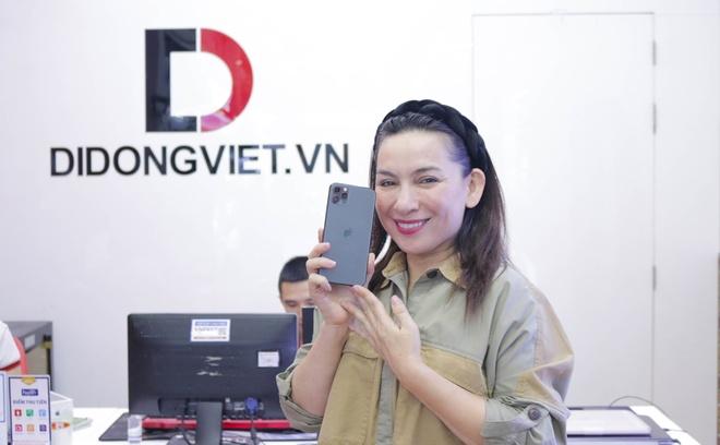Ca si Phi Nhung, Cam Ly goi y mua iPhone 11 Pro Max 2 sim nano hinh anh 4