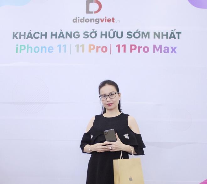 Ca si Phi Nhung, Cam Ly goi y mua iPhone 11 Pro Max 2 sim nano hinh anh 5