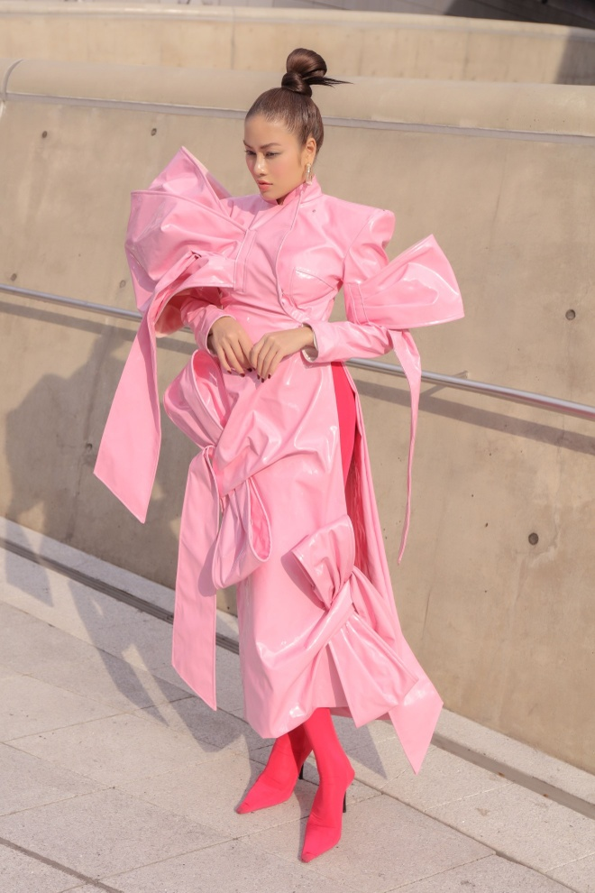 Tuyet Nga doi non, dien ao dai o Seoul Fashion Week 2019 hinh anh 8