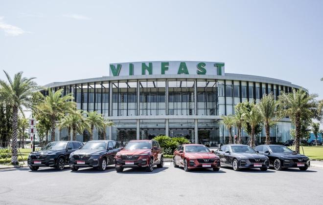 VinFast tai tro chang dua F1 Viet Nam: Non tre nhung khong non gan hinh anh 1