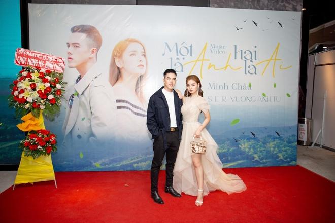 Hot boy cover Minh Chau tung MV dau tay 'Mot la anh, hai la ai' hinh anh 1