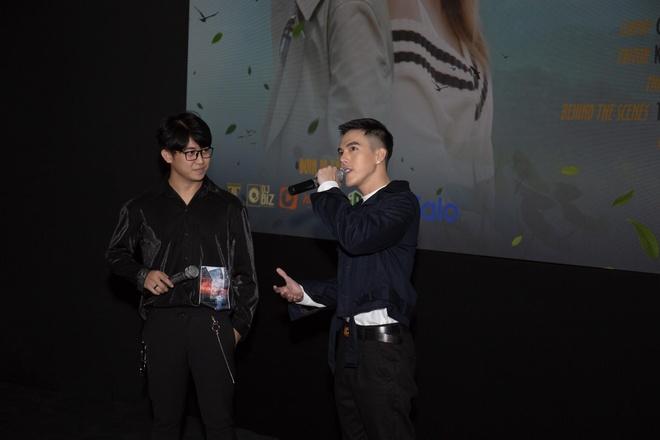 Hot boy cover Minh Chau tung MV dau tay 'Mot la anh, hai la ai' hinh anh 2