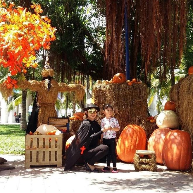 Tham bao tang bi ngo dac biet tai Vinpearl mua Halloween hinh anh 1