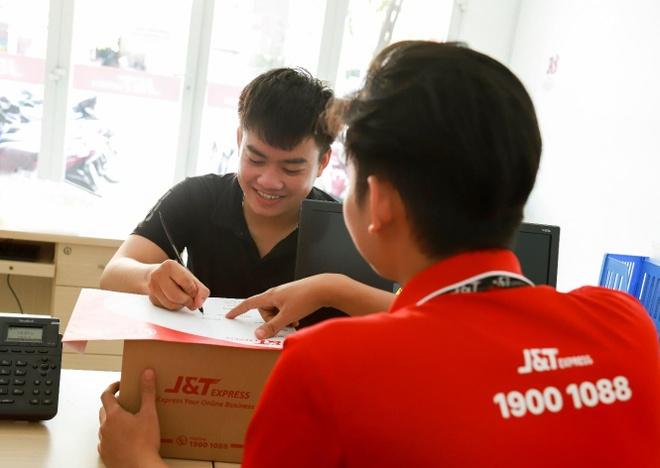 J&T Express - giai phap ho tro ban hang online hieu qua mua sale hinh anh 2
