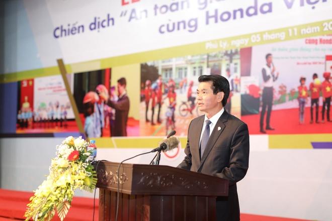 Honda phoi hop phat dong chien dich an toan giao thong tai Ha Nam hinh anh 2