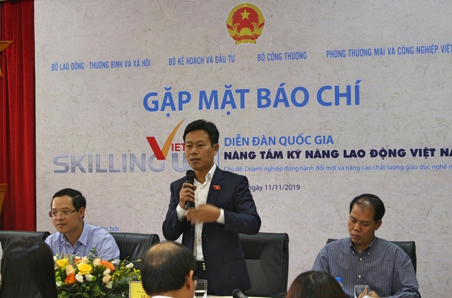 Tong cuc Giao duc Nghe nghiep anh 2