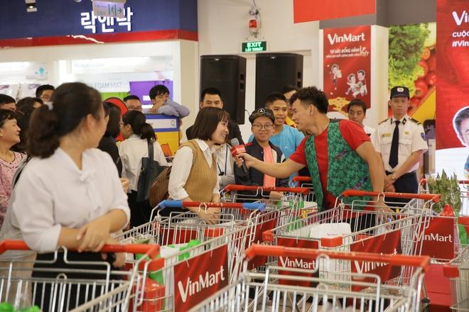 Xuan Bac, H'Hen Nie khay dong su kien mua sam tai Ha Noi hinh anh 3