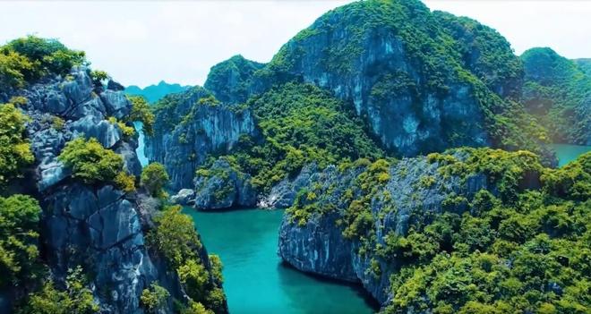 Vi sao Quang Ninh la diem du lich ly tuong quanh nam? hinh anh
