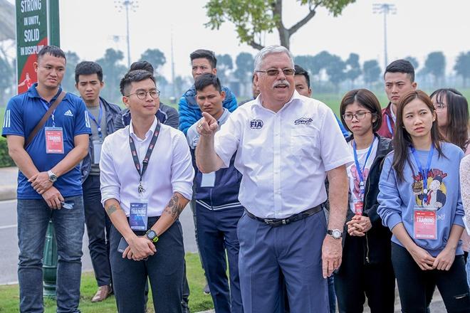 1.000 tinh nguyen vien da san sang cho chang dua F1 Viet Nam hinh anh 6