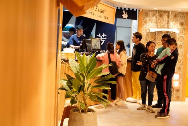 Tra hoa qua YiFang khai truong tai AEON Mall Ha Dong hinh anh 2