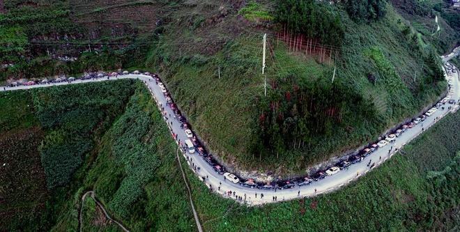 Oto VinFast chinh phuc cung duong 1.000 km noi cuc Bac hinh anh