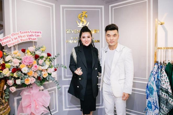 Ung Hoang Phuc du khai truong cua hang thoi trang Seven Luxury hinh anh 1