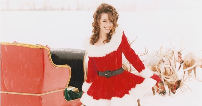 Video - Ca khuc 'All I want for Christmas is you' hinh anh