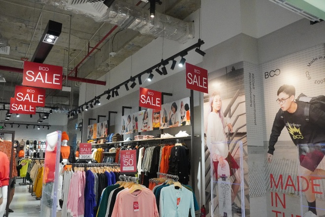 San hang hieu tu 'con mua uu dai' cua AEON Mall Ha Dong hinh anh 3 image002_1.jpg