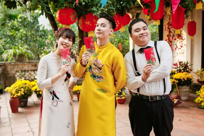 S.T Son Thach noi ho noi long gioi tre qua MV Tet moi 'Li xi di' hinh anh 3 image003_7.jpg