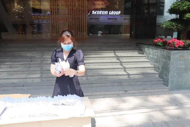 Sieu thi Nhat Ban Ichiban Market phat khau trang mien phi hinh anh 2 6a.jpg