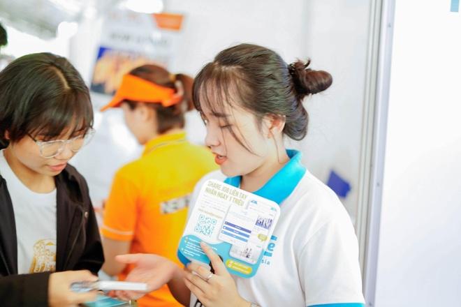CEO freeC chia se ky nang giup ban tre chu dong tim viec hinh anh 3 image004.jpg