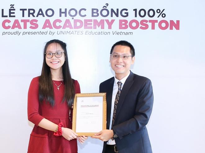 <em>Nữ sinh</em> lớp 10 nhận học bổng 100% của trường trung học Mỹ