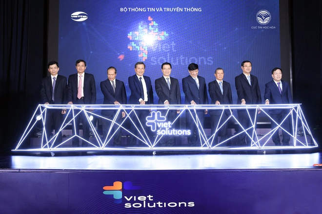Viet Solutions anh 1