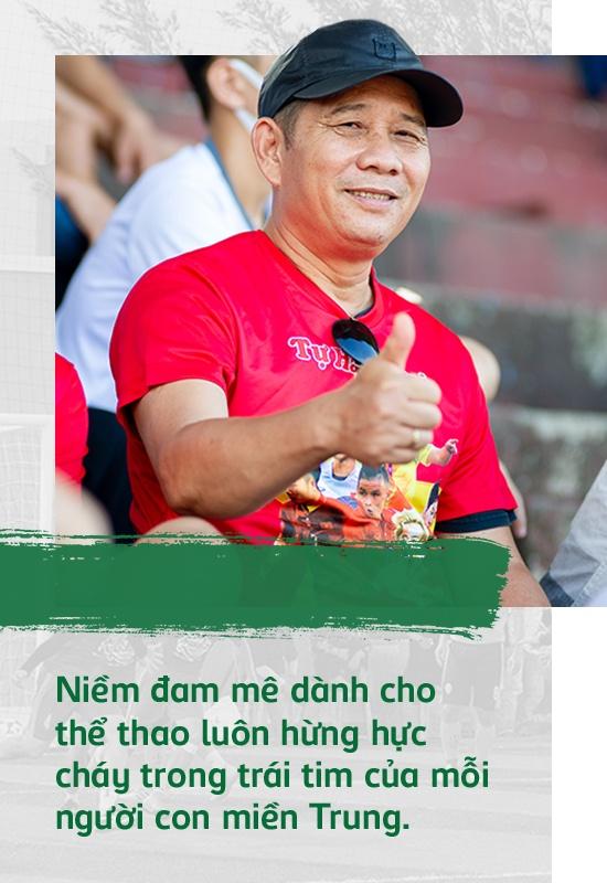 Tình yêu thể thao cuồng nhiệt, đậm nghĩa tình của người miền Trung