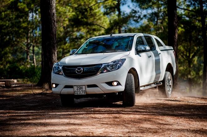 Xe bán tải kết hợp sự rộng rãi, thoải mái của sedan cùng khả năng mạnh mẽ, tiết kiệm từ SUV.