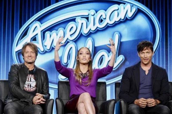 American Idol giu nguyen dan giam khao trong mua moi hinh anh