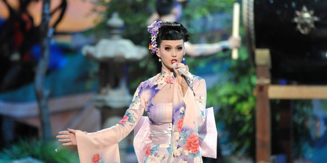 Katy Perry la nghe si nhac so xuat sac nhat moi thoi dai hinh anh 1