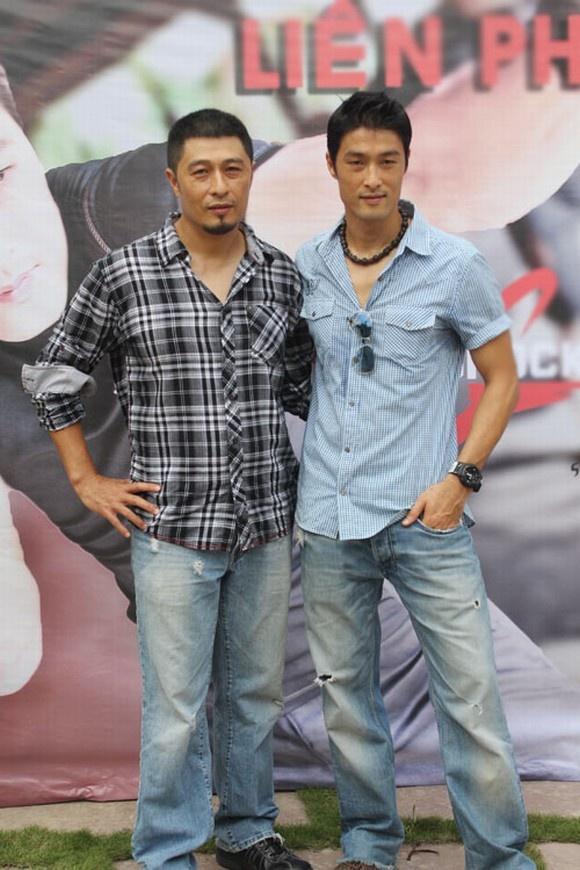 5 gia dinh danh gia bac nhat lang phim Viet hinh anh 3 Charlie Nguyễn và Johnny Trí Nguyễn là hai anh em nổi tiếng trong làng phim Việt.
