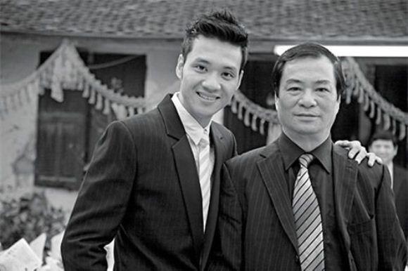 5 gia dinh danh gia bac nhat lang phim Viet hinh anh 5 Khải Hưng - Khải Anh là cặp cha con đạo diễn nổi tiếng màn ảnh nhỏ miền Bắc.