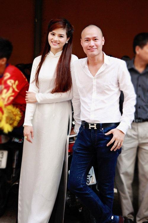 Vu Thu Phuong: 'Chong khong ep toi sinh con trai' hinh anh 4 Gia đình hạnh phúc của Vũ Thu Phương.
