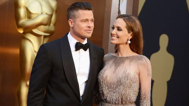 Angelina Jolie va Brad Pitt chinh thuc ket hon hinh anh