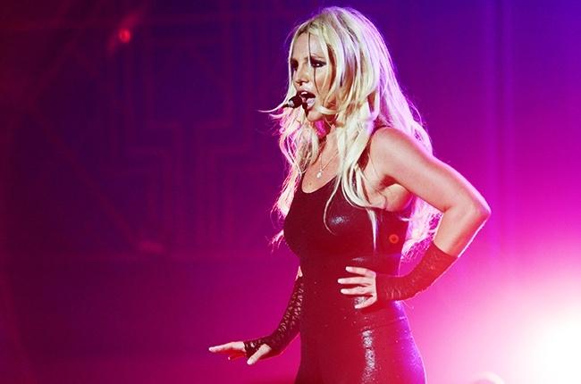 Britney Spears xac nhan chia tay ban trai tren san khau hinh anh