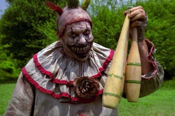 18 dieu bi mat ve loat phim kinh di 'American Horror Story' hinh anh