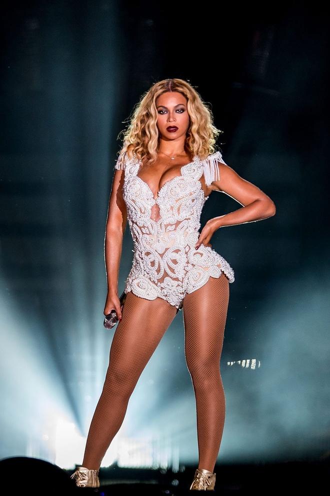 Beyonce va 'Adele phien ban nam' dan dau de cu Grammy 2015 hinh anh 1