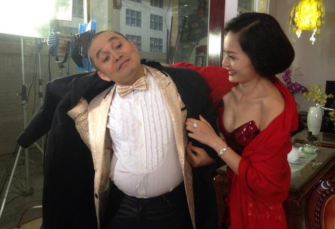 Xuan Hinh ke chuyen vao nham nha gai goa chong hinh anh