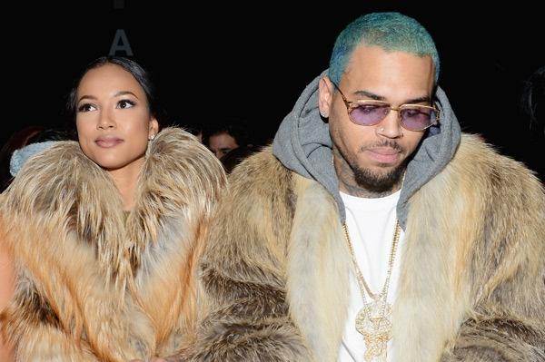 Chris Brown bi ban gai goc Viet bo vi co con roi hinh anh