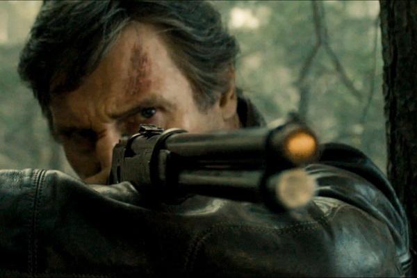 Liam Neeson lay lai phong do nho 'Tau thoat trong dem' hinh anh