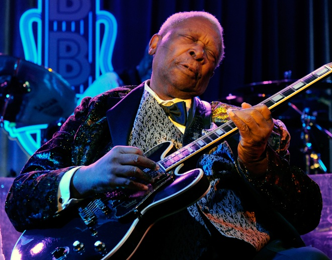 B.B. King - The Thrill Is Gone (Live from Crossroads Festival 2010) hinh anh