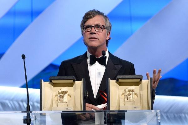 Ket qua Lien hoan phim Cannes 2015 bi la o hinh anh 3 Đạo diễn Todd Haynes nhận giải thay cho nữ diễn viên Rooney Mara của Carol.