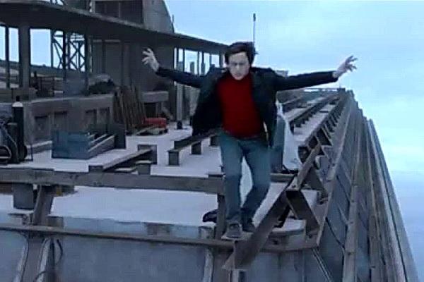 Phim nguoi di day giua thap doi WTC mo man LHP New York 2015 hinh anh