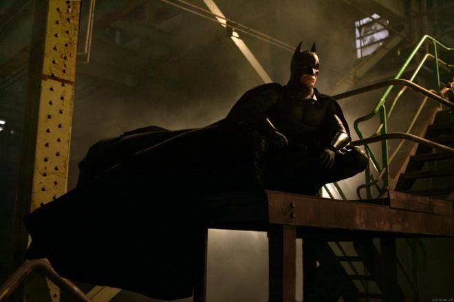 Hau truong thu vi cua bom tan 'Batman Begins' hinh anh 1