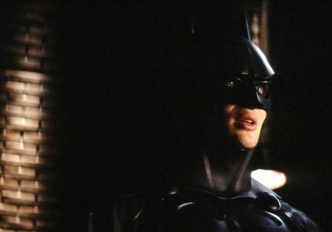 Hau truong thu vi cua bom tan 'Batman Begins' hinh anh 2