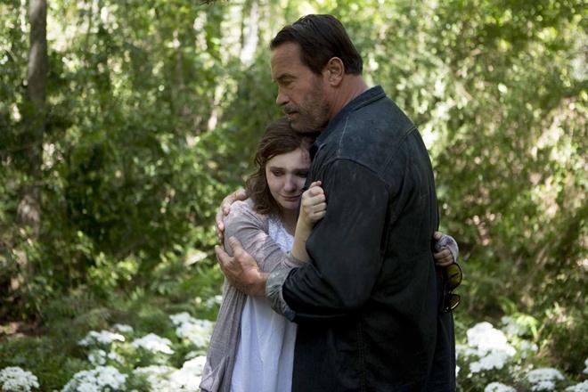 Phim thay ma cua 'Ke huy diet' con thieu cao trao hinh anh 2 Arnold Schwarzenegger sắm vai một người cha thương con, sẵn sàng làm tất cả
