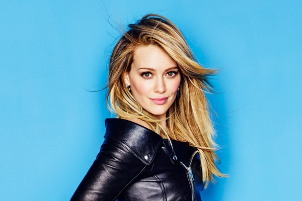 Hilary Duff tro lai thuyet phuc sau 8 nam hinh anh