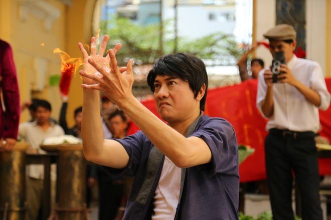 Hoang Phuc tro thanh chu tiem pho trong phim moi hinh anh
